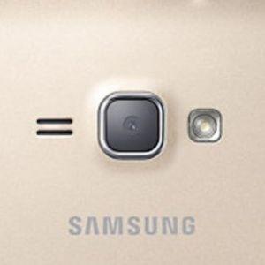 Kameraglas vom Samsung Galaxy J1 (2016) austauschen  Samsung Galaxy J1 (2016) Kameraglas Reparatur